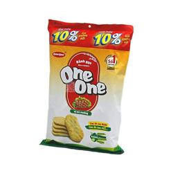 Wafle ryżowe o smaku smażonej wołowiny ONE ONE    banh gao vi bo nuong 150g x 20op/krt